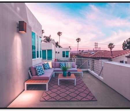 Transitioning From the Inside Out: Creating a Balanced Indoor-Outdoor Patio Design
